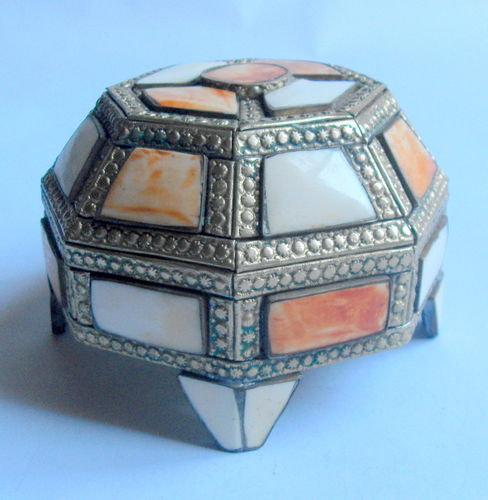Octagonal shell inlaid box