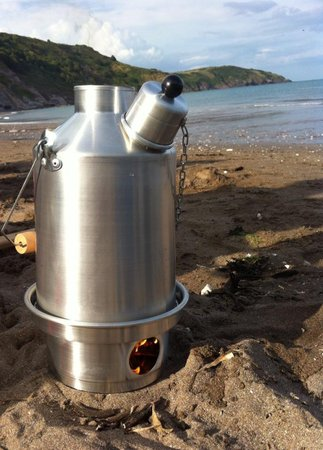 Having a brew on the beach after a day in the land rover using my ghille kettle from landylubber! Amazing kettle and once again awesome service from you guys!! Seriously go buy one!! Paul Wyse\\n\\n19/08/2014 14:07